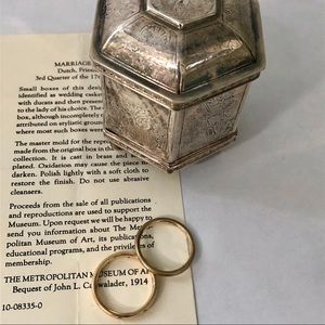 MMA Dutch Marriage  Box Reproduction